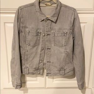 Cabi Jean jacket M light gray w silver buttons